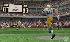 amazon com madden nfl football 3ds video games
