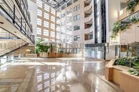 location bureaux bureaux à louer à vendre triptyk 69008 lyon 52683 jll