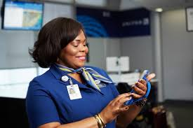 united airlines help desk 6 000 iphones will upgrade united airlines customer service cult