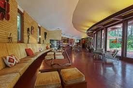 frank lloyd wright style homes for sale 9 best frank lloyd wright homes for sale in 2016 curbed