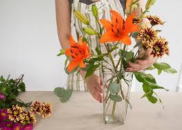 Flower Arrangements In Vases Beginner Blooms The Market Bunch Earnest Home Co