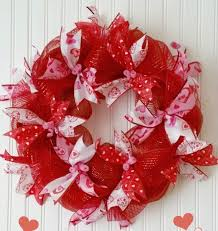 s day wreaths easy mesh ribbon s day wreath crafts how to seasonal