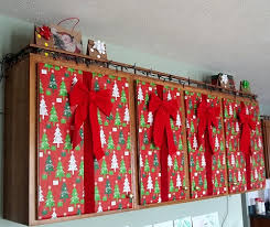 christmas decorations for kitchen cabinets my presents christmas decorations pegsgottado