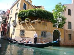 Italy Houses Romantic Venice The Canal City Italy Lucky 2b Here