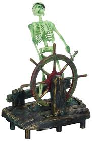 penn plax skeleton at the wheel aquarium decor