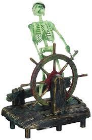 penn plax skeleton at the wheel aquarium decor