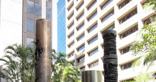 rosa lowinger associates arnaldo pomodoro sculptures honolulu