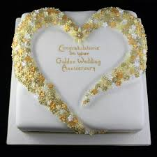 golden wedding cakes 26 best golden anniversary cakes images on anniversary