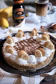 no bake banana and dulce de leche pie with baileys coffee creamer