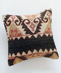 Pottery Barn Kilim Pillow Cover Best 25 Kilim Pillows Ideas On Pinterest Kilim Cushions Bright