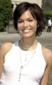 womens hairstyle spring 2015 15 sassy hairstyles featuring mandy moore short hair woman