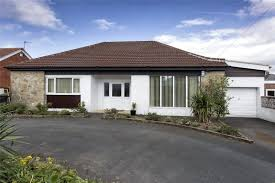 whitegates mirfield 4 bedroom bungalow for sale in sunny bank road