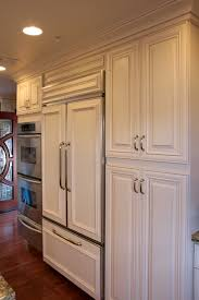 raised panel creme maple glazed kitchen cabinets for less