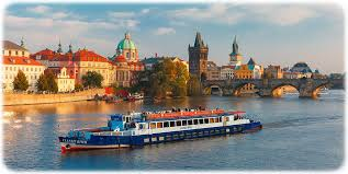 dinner on the river cruise prague boat tours