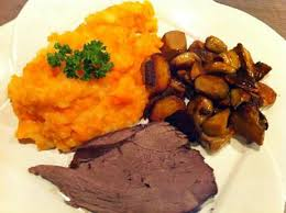 cuisiner du chevreuil au four recette d un cuissot de chevreuil tendre et moelleux cuit au four