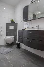 modern badezimmer https i pinimg 736x da 97 8a da978a18b1f720b
