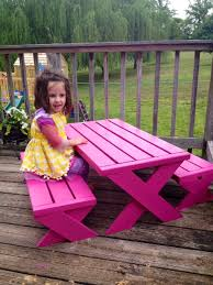 Ana White Picnic Table Ana White Kids Modern Picnic Table Diy Projects