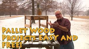 pallet wood projects for free and are easy to do recycled wood