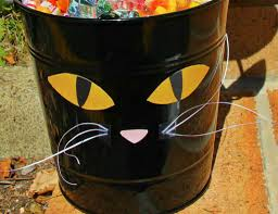 Black Cat Halloween Crafts Halloween Candy Bowl Craft Black Cat Bucket Jam Blog