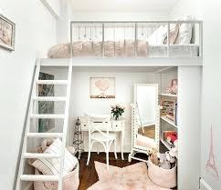 chambre idee deco idee de deco 35 idaces dacco shabby chic pour une chambre de fille