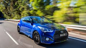 hyundai veloster turbo blacked out hyundai veloster street turbo launched in australia with blue mica