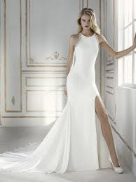 modern wedding dress 27 halter neckline wedding dresses and separates weddingomania