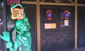 halloween city stores things to do in los angeles halloween 2011 halloween town