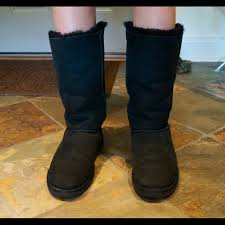 ugg bailey bow sale size 7 72 ugg boots bailey bow uggs size 8 from s