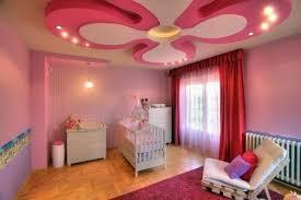 plafond chambre bébé décoration plafond pour se créer un ciel personnalisé deco plafond