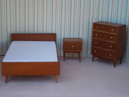 Midcentury Modern Bed Mid Century Modern Bedroom Furniture For Sale Light Brown Oak Wood