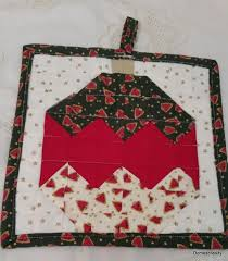 quilted christmas quilted christmas bauble pot holder allfreesewing