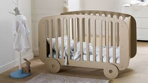 quand faire dormir bébé dans sa chambre chambre bébé déco pour éveil côté maison