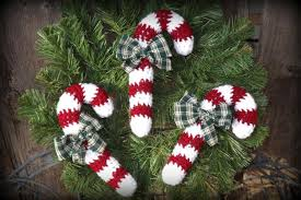 free christmas crochet patterns lovetoknow