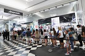 aeropostale lifeline bid from mall owners wins bankruptcy judge