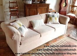 tapissier canapé canapé réalisé avec du tissu aquaclean par ressort t fauteuils