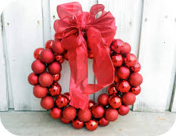 how to make a christmas wreath with ornaments creative home designer