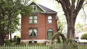 house calls inside a romantic brick victorian in missouri curbed