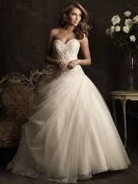 robe grise pour mariage robe grise et blanche pour mariage le pouvoir de la mode