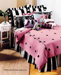 Pre Teens Bedroom Furniture Charming Room Decor For Teenage With Beautiful Paper Bed Good