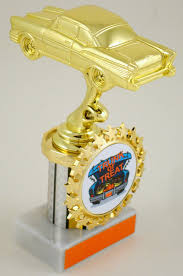 find halloween trophies and awards medals and plaques from