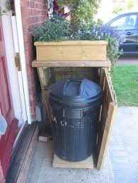 Backyard Garbage Cans by Concealing Garbage Cans In A Front Yard Hide The Ac Unit Or