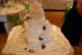 wedding cakes wi wedding cakes draping and calla tamara s cakes fox valley