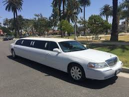 Lincoln Town Car Pictures White 120 Inch Lincoln Towncar Limousine