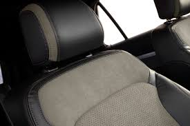 New Interior Appearance 2017 Ford Explorer Adds Xlt Sport Appearance Package