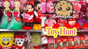 valentines day christmas holiday sale dollar tree toy hunt video