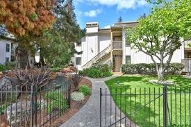round table woodside rd woodside road condominiums redwood city ca real estate homes for
