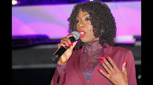 heather small preston christmas lights switch on interview