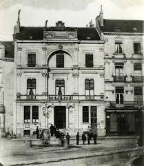 bureau de poste angers le premier bureau de poste et les premières boîtes aux lettres