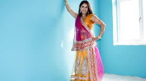 Ways To Drape A Dupatta Chaniya Choli Dressing Gujarati Style How To Drape A Dupatta