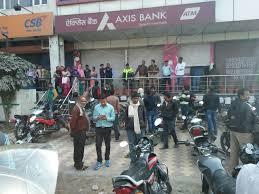 axis bank noida i t raids axis bank branch in noida over rs 60
